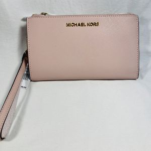 Michael Kors Wristlet Wallet for Sale in Whitehall, OH