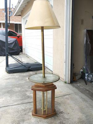 Lámpara antigua excelentes condiciones for Sale in Lynwood, CA