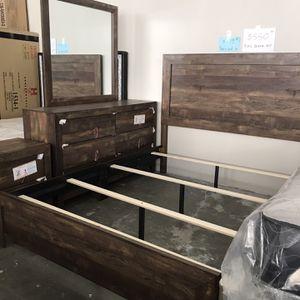 Queen Size Bedroom Set=4pcs for Sale in Norcross, GA