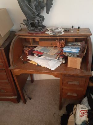 Roll top desk with chair for Sale in Enola, PA