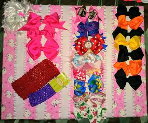 Hairbows & DISPLAY board for Sale in Manor, TX