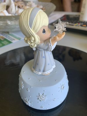"""Precious Moments Girl holding a Star. """"Silent Night"""" song. for Sale in Zion, IL"""