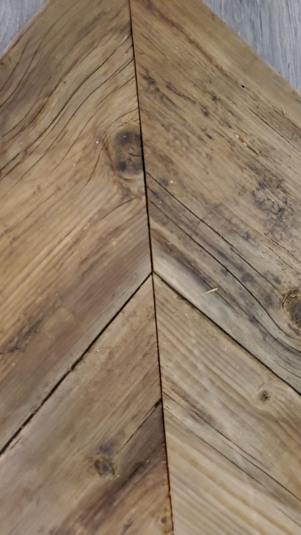 Pre cut Chevron reclaimed wood wall tiles in colors