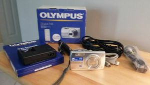 Olympus Stylus 740 Digital camera with all accessories for Sale in Delray Beach, FL