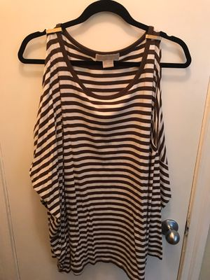 Michael Kors Women's (Off the shoulder long sleeves) Brown Stripes Size 3x for Sale in Chicago, IL