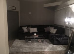 Large Sectional Couch w/Chaise for Sale in Wichita, KS