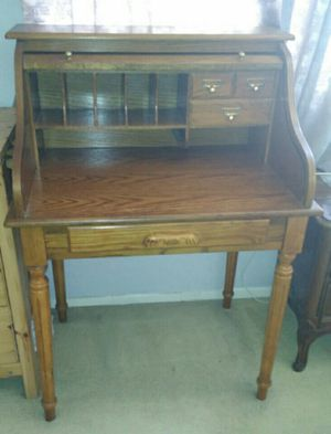 Study Office Work Antique vintage Desk table size 32 by 23 by 43 in for Sale in Glendale, CA
