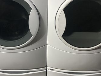 Kenmore Washer And Electric Dryer In Excellent Conditions for Sale in Fresno,  CA