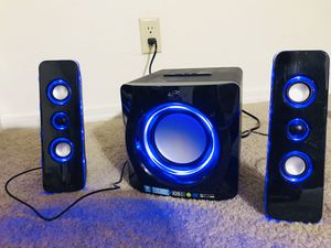 iLive Bluetooth Speaker System with Built-In Subwoofer for Sale in Beaverton, OR