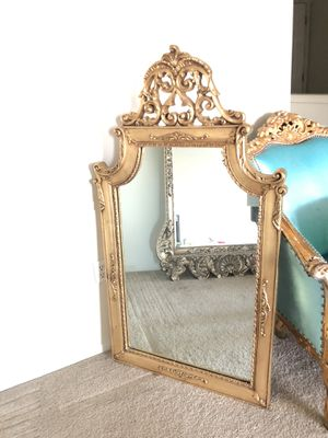 ITALY Circa 1960's GOLD ORNATE LEANING ENTRY MIRROR ESTATE PIECE for Sale in Tacoma, WA