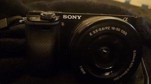 Sony Alpha a6000 Mirrorless Digital Camera for Sale in Homestead, FL