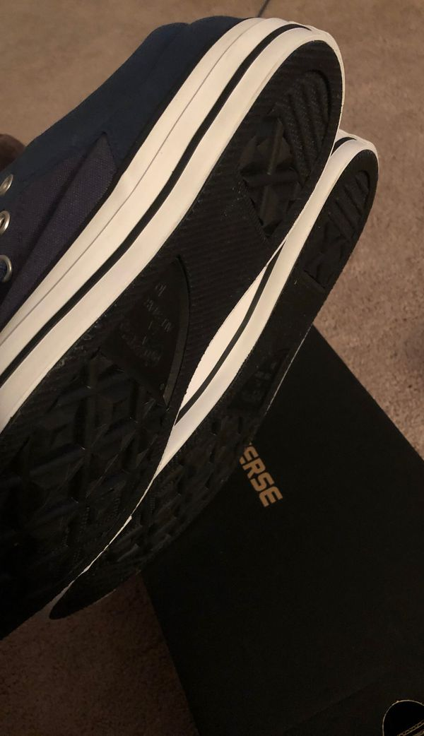 Converse Sneakers NEW (mens 10)