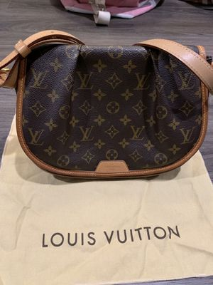 Louis Vuitton Menilmontant PM crossbody bag for Sale in San Diego, CA