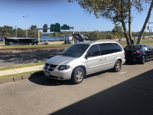 04 Dodge Grand Caravan 20th anniversary edition for Sale in Middletown, CT