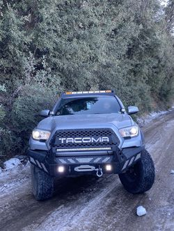 2016 toyota tacoma trd off road for Sale in Costa Mesa,  CA