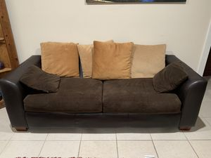 $100 Couch for Sale in Port St. Lucie, FL
