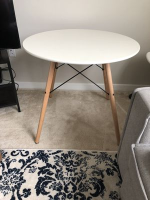White dining table for Sale in Rockville, MD