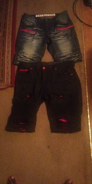 2 pairs of jean shorts size 38 men's for Sale in Longview, TX