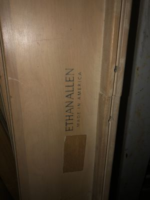 Twin Bed (Ethan Allen Bed )Free Free for Sale in The Bronx, NY