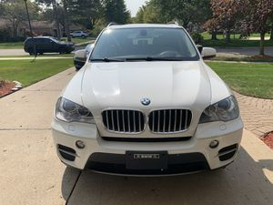 2013 BMW X5 sport and winter package 3rd seat for Sale in Livonia, MI