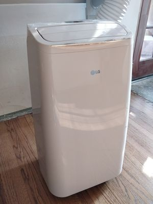 LG 8,000 BTU Portable AC w/ Dehumidifier for Sale in Fullerton, CA