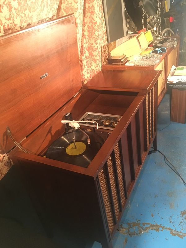 Mid century zenith stereo consoles, record player for Sale in Chicago, IL -  OfferUp