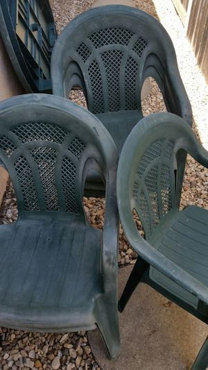 Resin Plastic Chairs for Sale in Grover Beach, CA