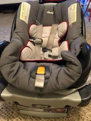 Chicco Infant car seat with base and stroller for Sale in Ayden, NC