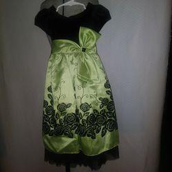 Jona Michelle Black & Green Velvet Formal Dress Size 3T for Sale in San Antonio,  TX