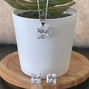 Beautiful Silver925 Cubic Zirconia Earrings & Necklace Set for Sale in Los Angeles, CA