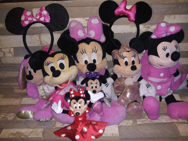 Minnie Mouse Bundle Includes (1) New Toy (6) Stuffed Animals (3) Minnie Mouse Ears BONUS FREE BAG WITH TAGS $20 For All