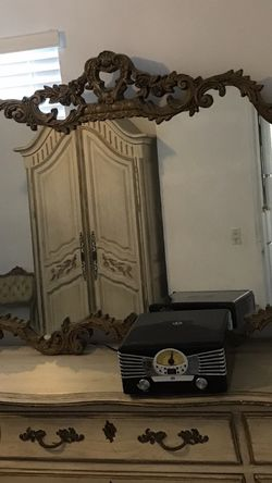 French Provincial Bedroom Set for Sale in Newport Beach,  CA