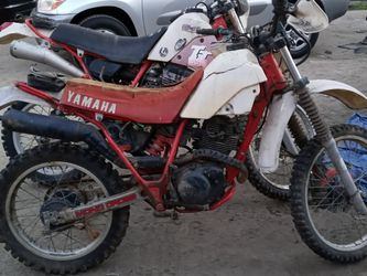 "1986 YAMAHA TT225 PARTS BIKE!! SOLD AS IS FOR PARTS! MOTOR TURNS OVER! BILL OF SALE ONLY!! WILL NOT ANSWER TO "" DOES IT RUN?"" 425$ OBO for Sale in Los Angeles,  CA"