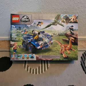 New Lego Jurassic World Gallimimus & Pteranodon Breakout Set ($50 Value) for Sale in Ripon, CA