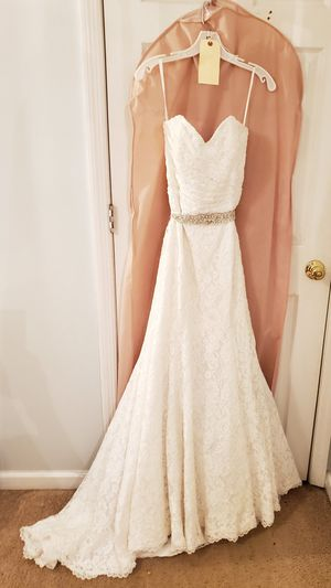 All White Lace Mermaid Wedding Dress with Elegant Sash for Sale in Nashville, TN
