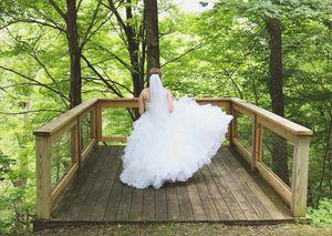WEDDING DRESS for Sale in Washington, PA