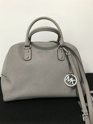 Michael Kors purse bag 💯 authentic for Sale in Herndon, VA