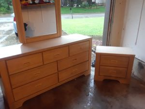 Dresser with nightstand for Sale in Tulsa, OK