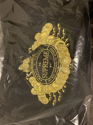 Supreme hoodie large for Sale in Federal Way, WA