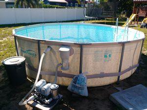 14ft pool salt pump for Sale in Frostproof, FL