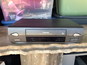 VHS tape player by Toshiba model M655 for Sale in Lake Worth, FL