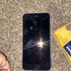 iPhone 8 Plus for Sale in West Mifflin, PA