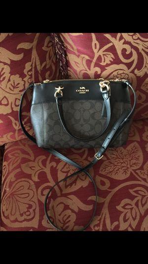 Coach handbag for Sale in Fairfax, VA