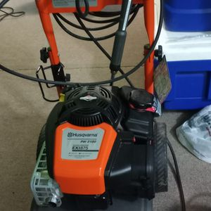 Husqvarna Power Washer 3100 Nueva Solo Interesados for Sale in Fort Washington, MD