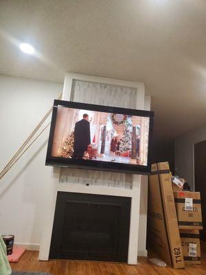 55 inch toshiba flat screen tv for Sale in Pinole, CA