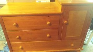 Baby Changing Table / Dresser Combo for Sale in Virginia Beach, VA