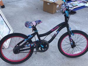 Bicicleta Monster high rodado 18 buenas condiciones for Sale in Poway, CA