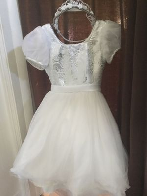 Flower girl's dress with tiara for Sale in Garfield, NJ