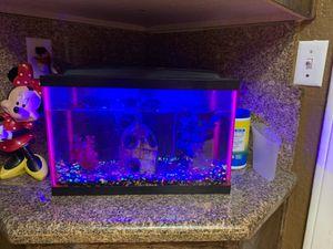 Fish tank for Sale in La Quinta, CA