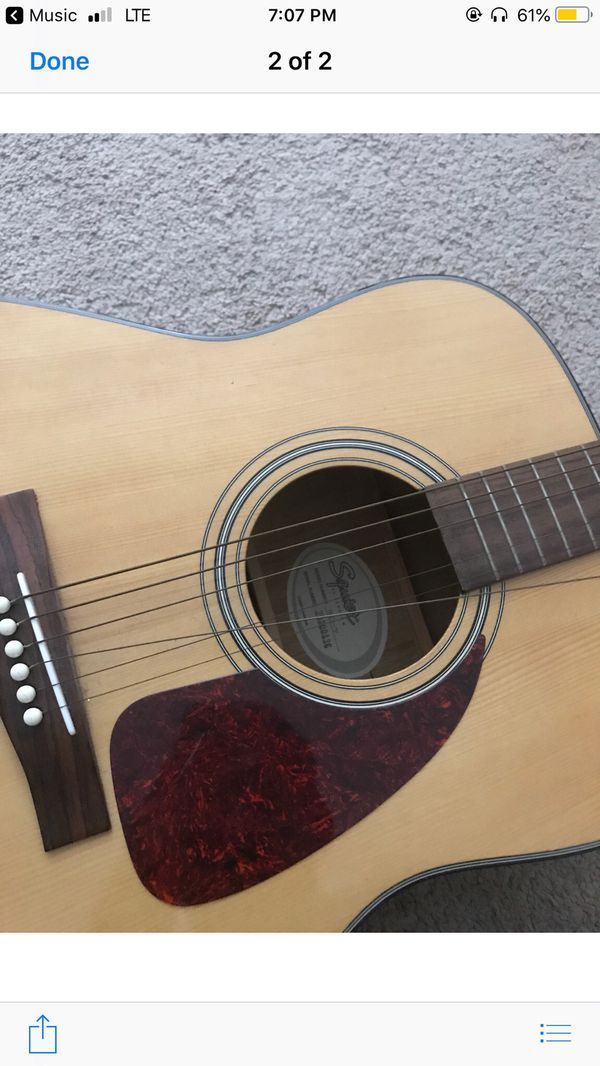 selling guitar, has one broken string